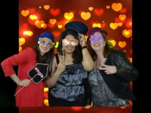 Valentine-s-Day-Party-ready-Service-Green-Screen-Photo-Booth_2
